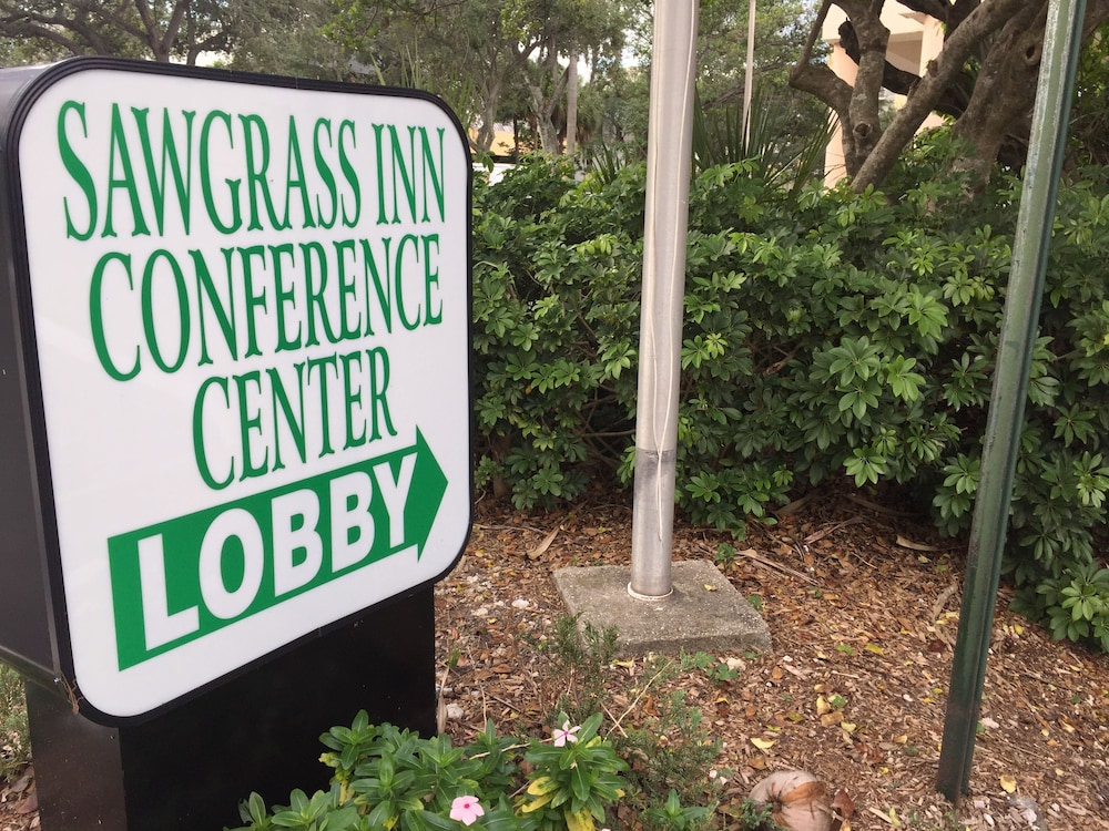 Property Entrance, Sawgrass Inn & Conference Center