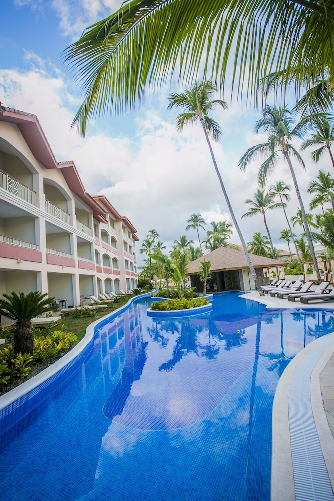 Outdoor Pool, Majestic Colonial Punta Cana - All Inclusive