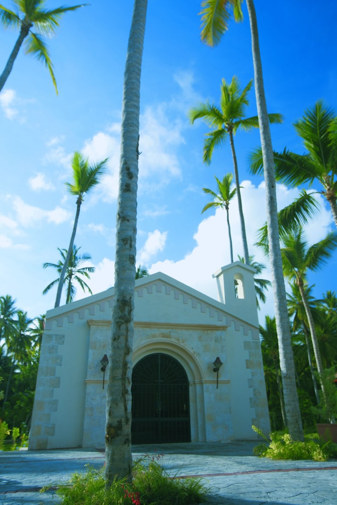 Exterior, Majestic Colonial Punta Cana - All Inclusive