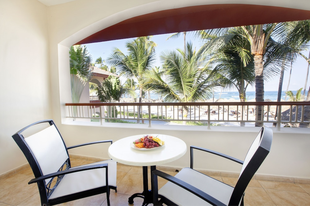 Balcony, Majestic Colonial Punta Cana - All Inclusive