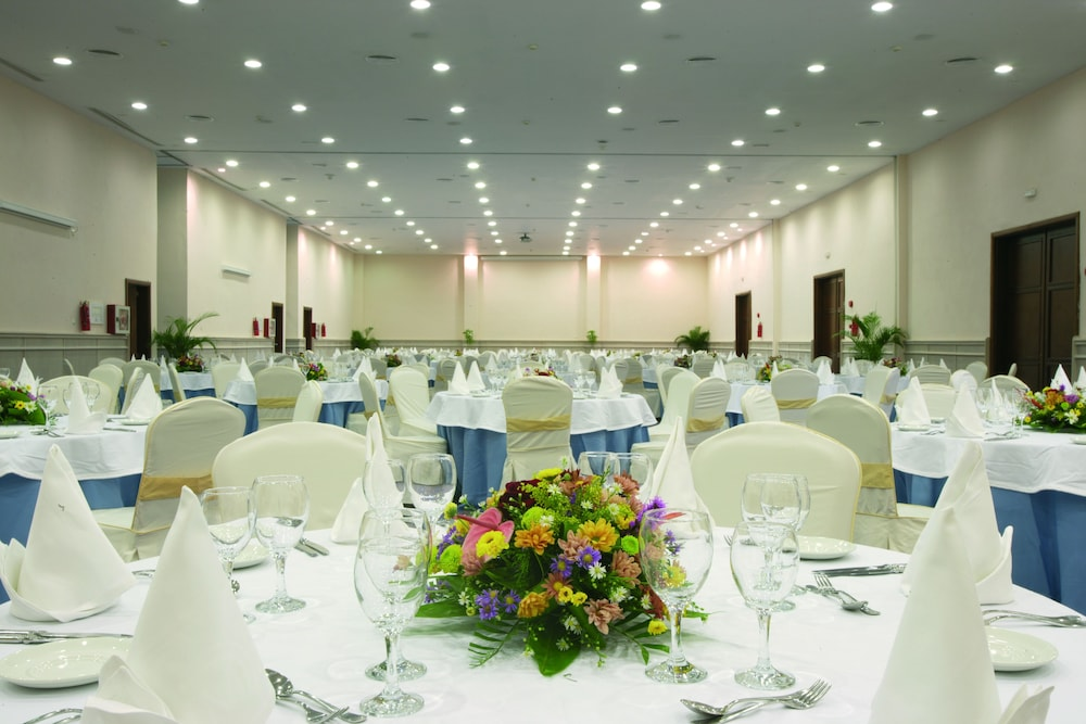 Meeting Facility, Majestic Colonial Punta Cana - All Inclusive