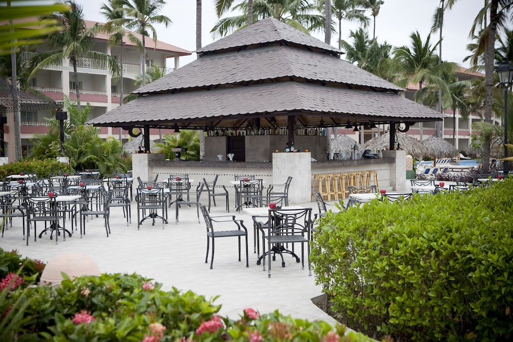 Bar, Majestic Colonial Punta Cana - All Inclusive