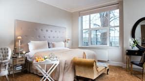 2 bedrooms, hypo-allergenic bedding, in-room safe