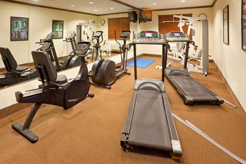 Fitness Facility, Holiday Inn Express & Suites Lake Worth