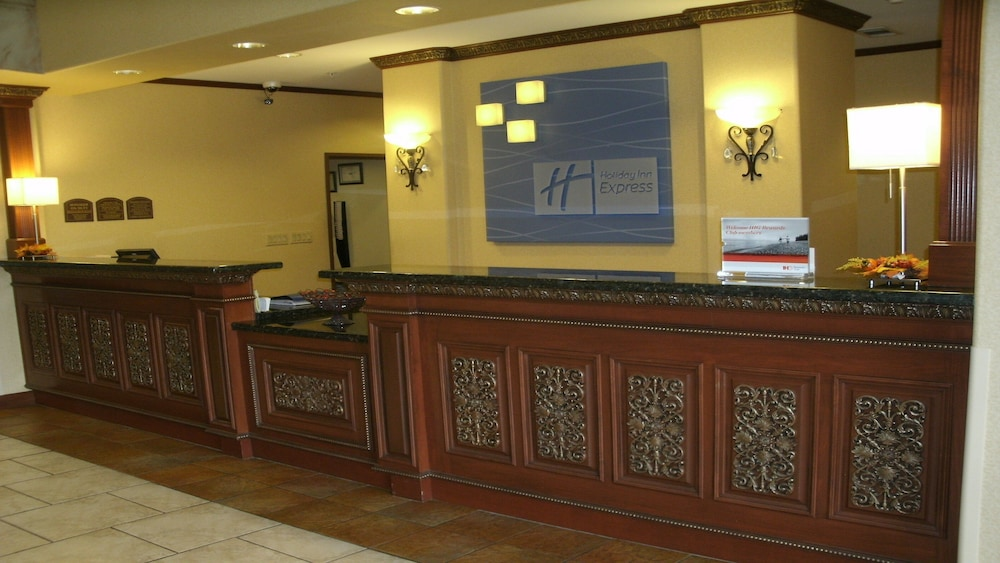 Lobby, Holiday Inn Express & Suites Lake Worth