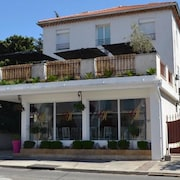 Hotel The Originals Martigues Clair (ex Inter-Hotel)