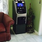 ATM/은행(시설 내)