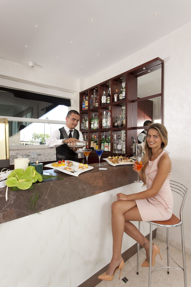 Hotel Regina Elena  Rimini Rn