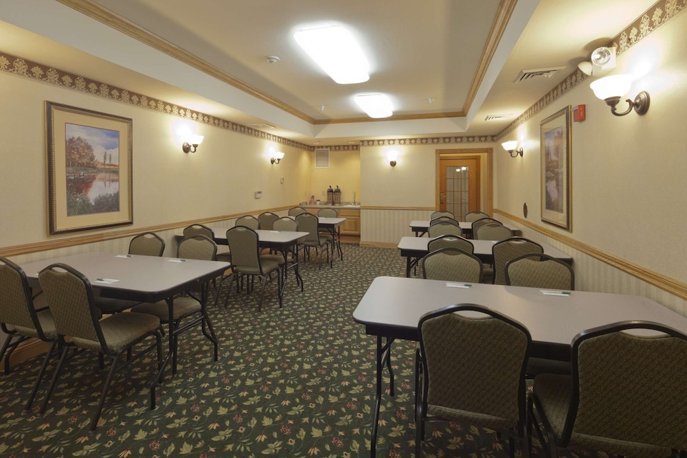 Meeting Facility, Country Inn & Suites by Radisson, Madison Southwest, WI
