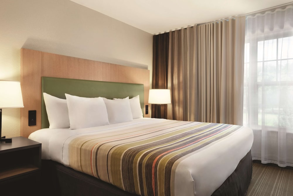 Room, Country Inn & Suites by Radisson, Madison Southwest, WI