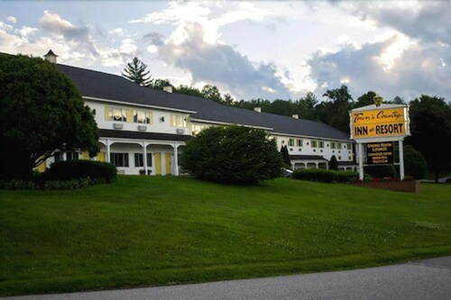 Town and Country Inn & Resort