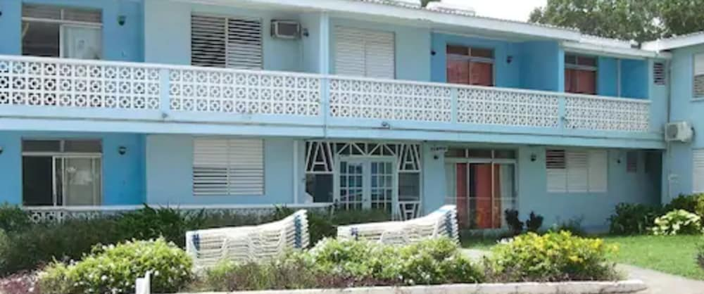 Exterior, Nautilus Beach Apartments