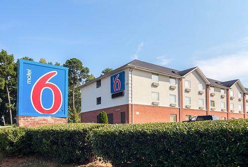 Great Place to stay Motel 6 Jonesboro near Jonesboro