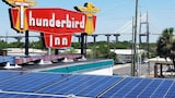 Thunderbird Inn - Savannah Hotels