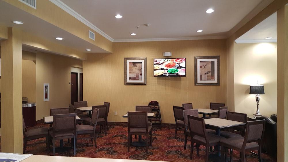Microtel Inn  U0026 Suites By Wyndham Aransas Pass  Corpus