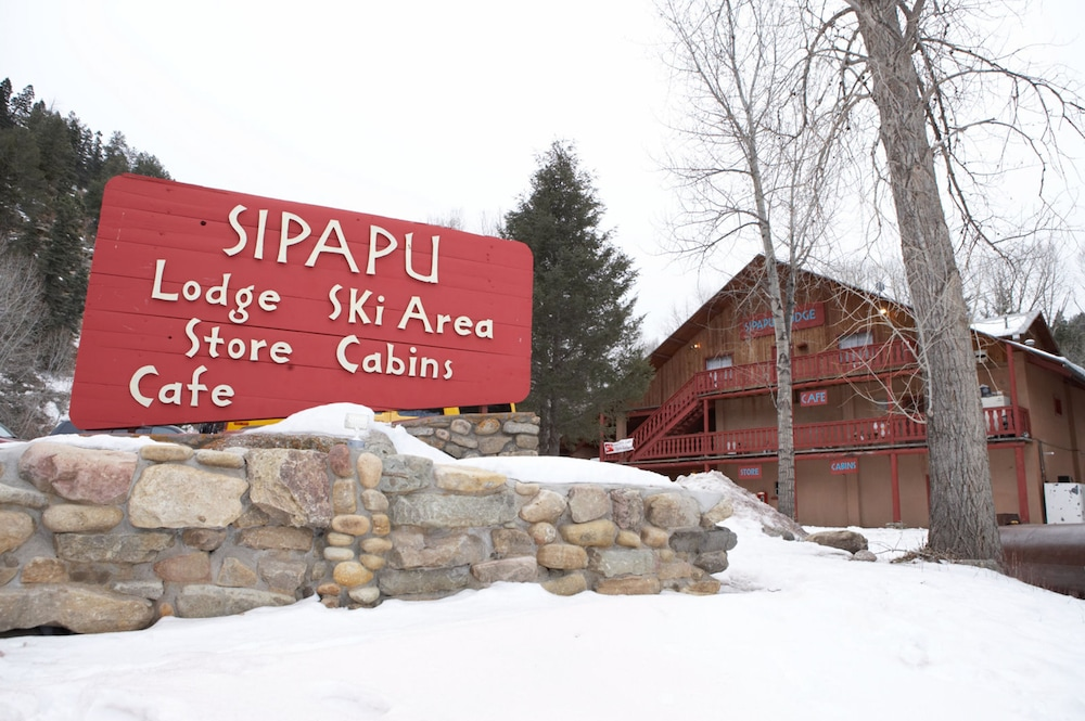 Front of Property, Sipapu Ski and Summer Resort