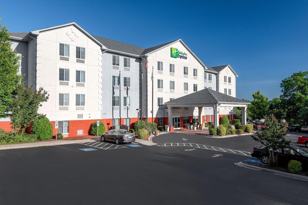 super popular 73d6d 4b795 Holiday Inn Express Gastonia
