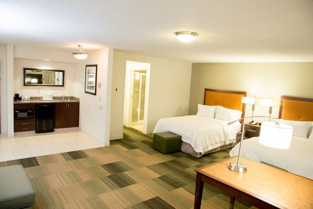 Room, Hampton Inn & Suites Albany-Downtown