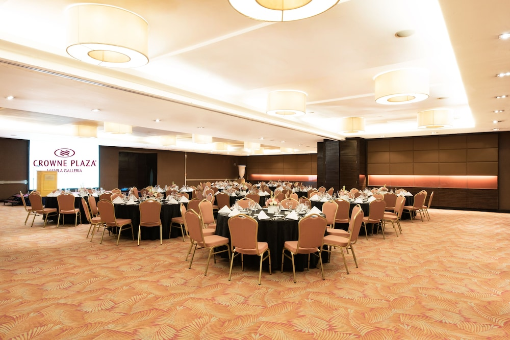 Banquet Hall, Crowne Plaza Manila Galleria