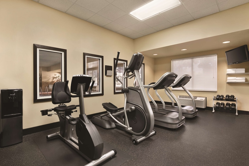 Fitness Facility, Country Inn & Suites by Radisson, Gainesville, FL