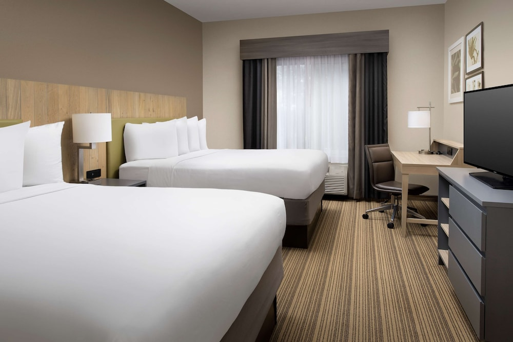 Room, Country Inn & Suites by Radisson, Gainesville, FL