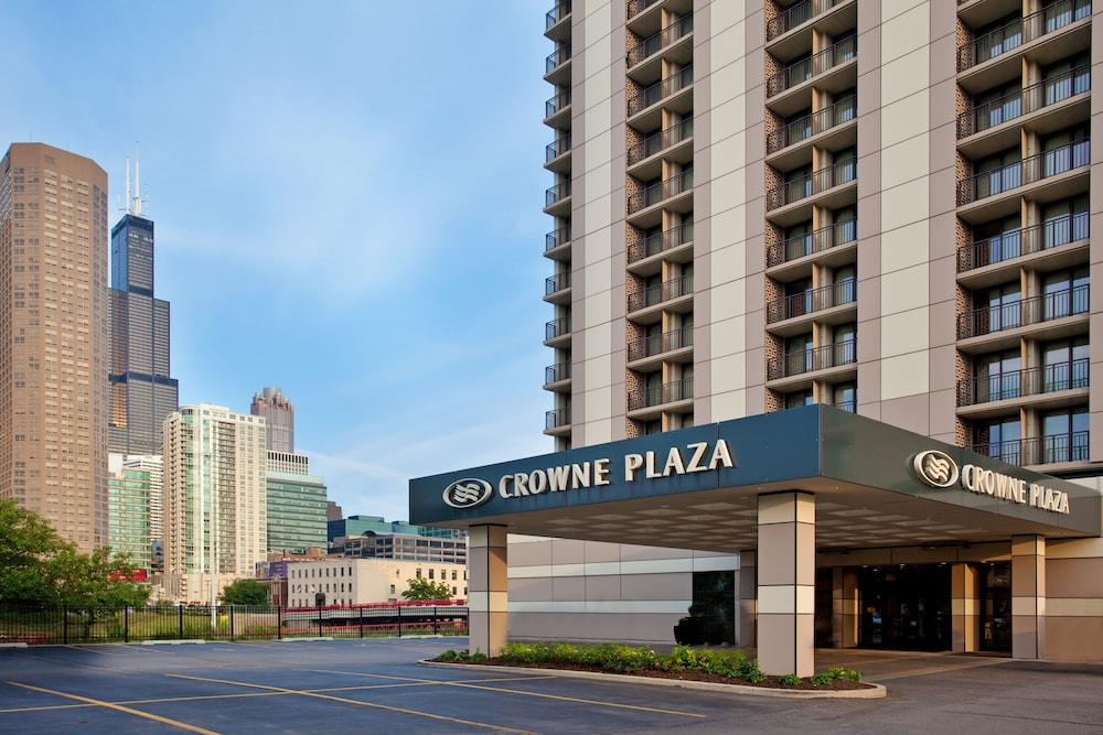 crowne plaza chicago west loop chicago room prices. Black Bedroom Furniture Sets. Home Design Ideas