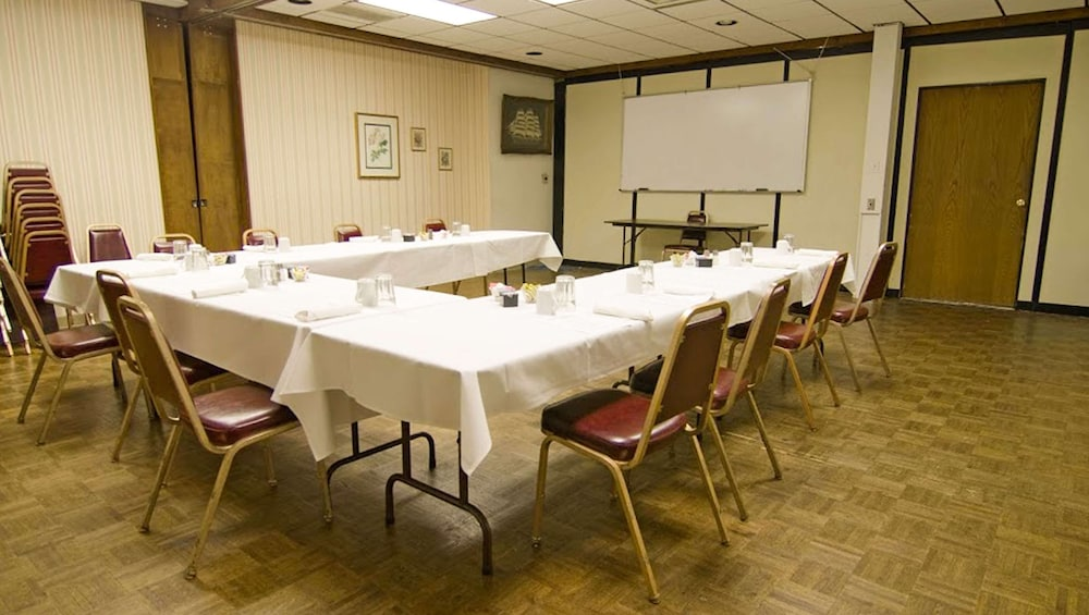 Meeting Facility, Voyageur Inn and Conference Center