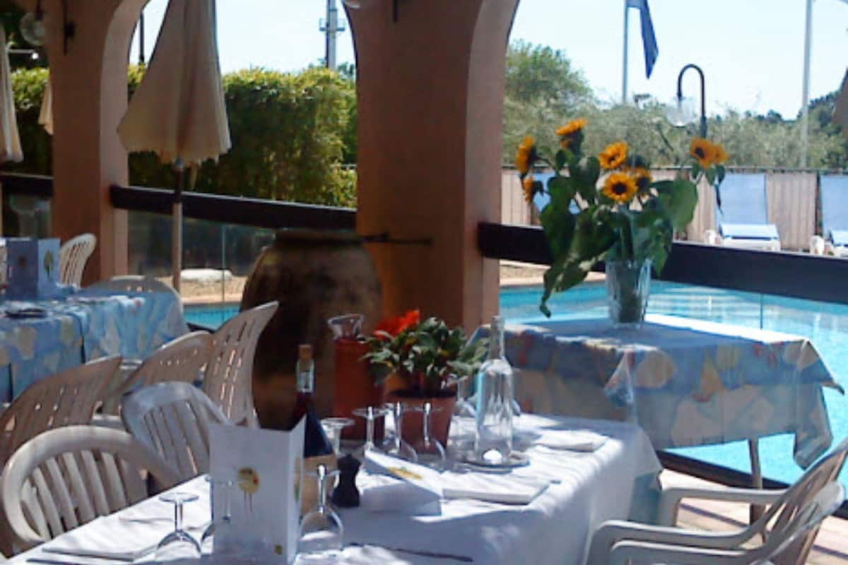 Mas De Vence Hotel Restaurant Nice 2021 Updated Prices Expedia Co Id