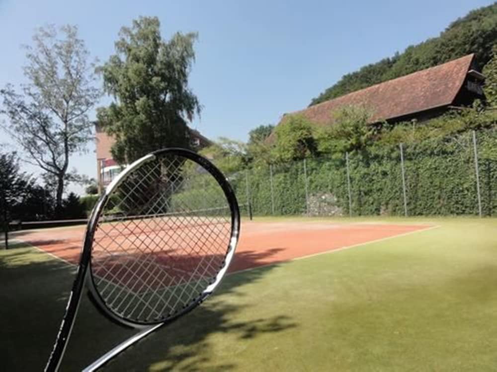 Tennis Court, Hotel Bellevue