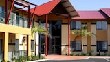 Warners At The Bay - Warners Bay Hotels