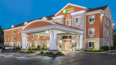 Holiday Inn Express Hotel & Suites Gananoque, an IHG Hotel
