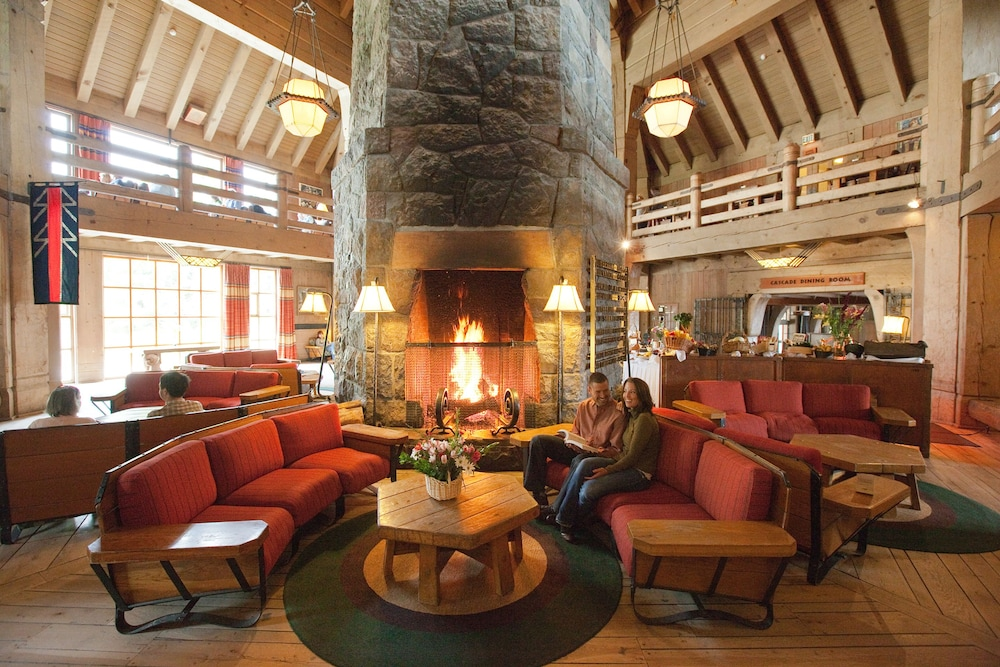 Featured Image, Timberline Lodge