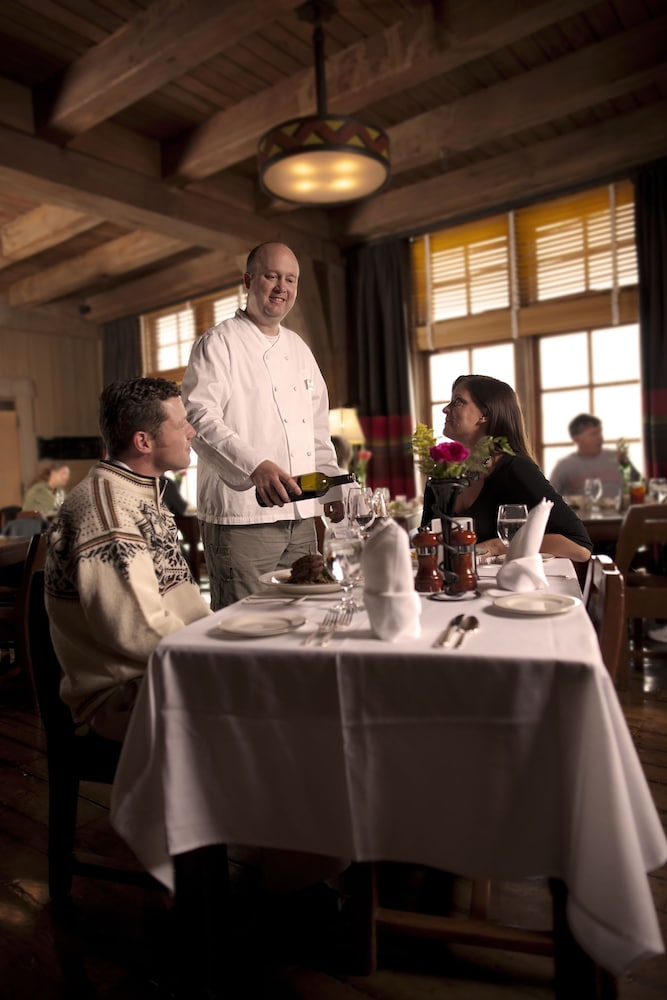 Dining, Timberline Lodge
