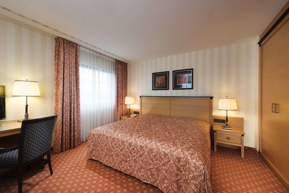 maritim hotel internationales congress center dresden 2018 room prices from 86 deals reviews expedia