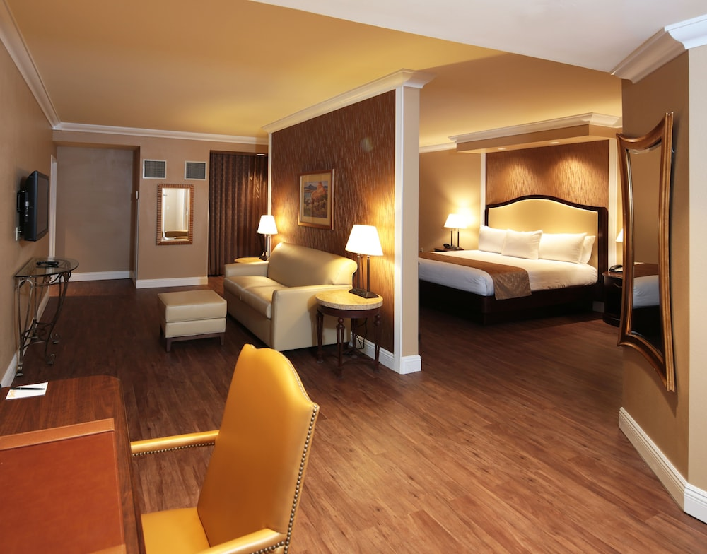 Room, South Point Hotel, Casino, and Spa