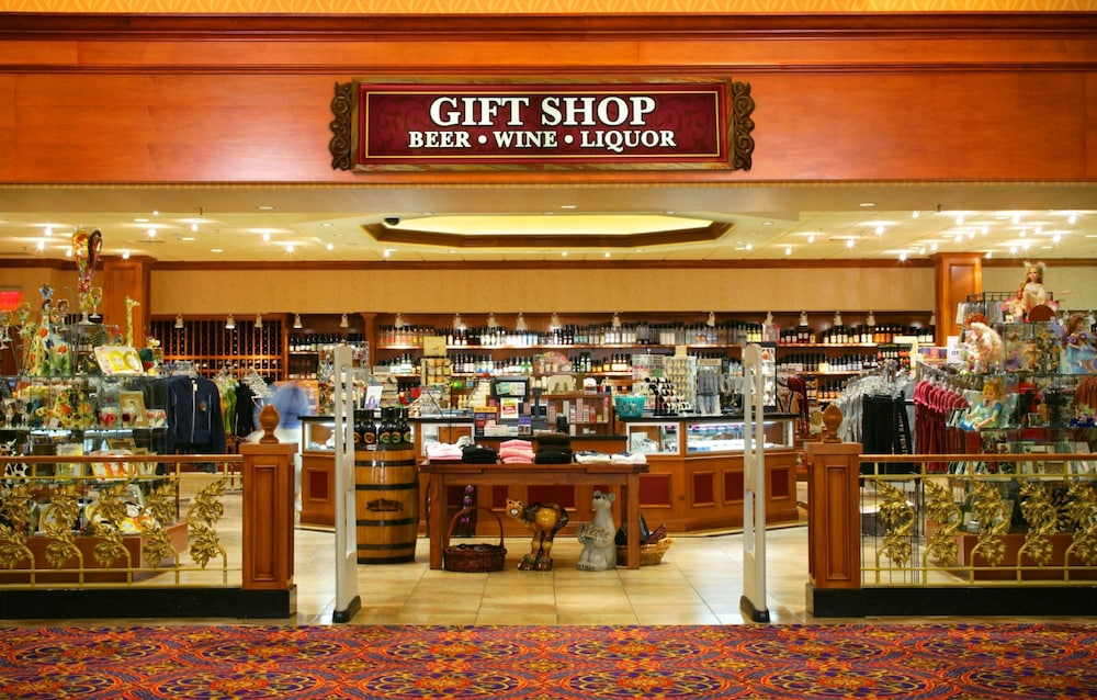 Gift Shop, South Point Hotel, Casino, and Spa