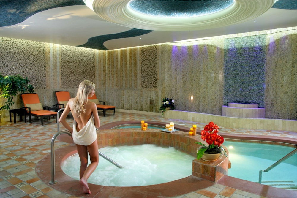Spa, South Point Hotel, Casino, and Spa