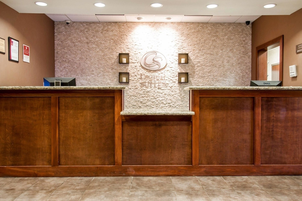 Amazing Comfort Suites Grand Rapids North In Grand Rapids Mi Expedia Download Free Architecture Designs Viewormadebymaigaardcom