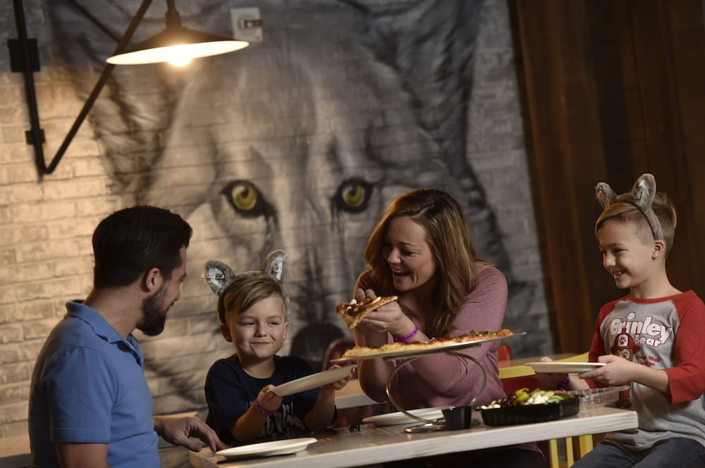 Family Dining, Great Wolf Lodge Bloomington