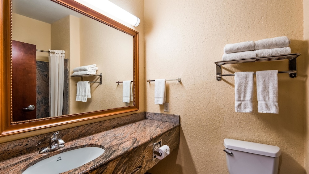 Bathroom, Best Western Mainland Inn & Suites