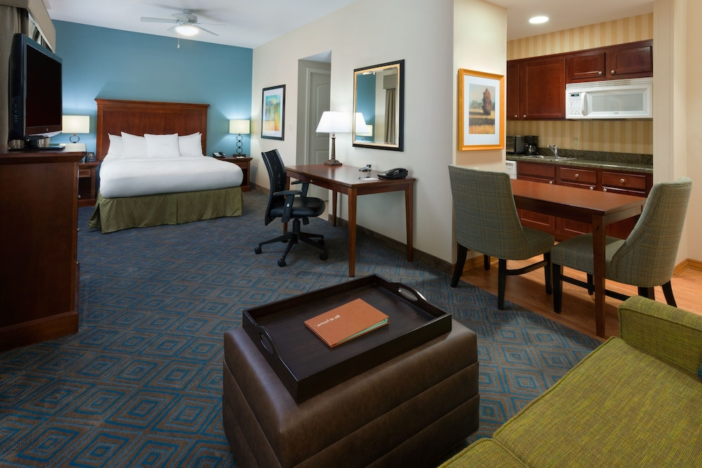 Room, Homewood Suites by Hilton Gainesville