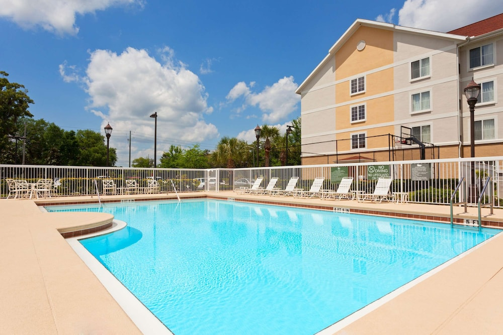 Pool, Homewood Suites by Hilton Gainesville