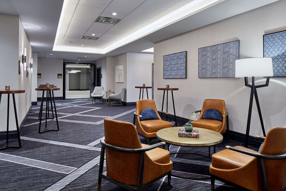 Meeting Facility, Cumberland House Knoxville, Tapestry Collection by Hilton