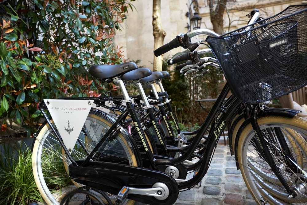 Bicycling, Hôtel du Petit Moulin – Small Luxury Hotels of the World