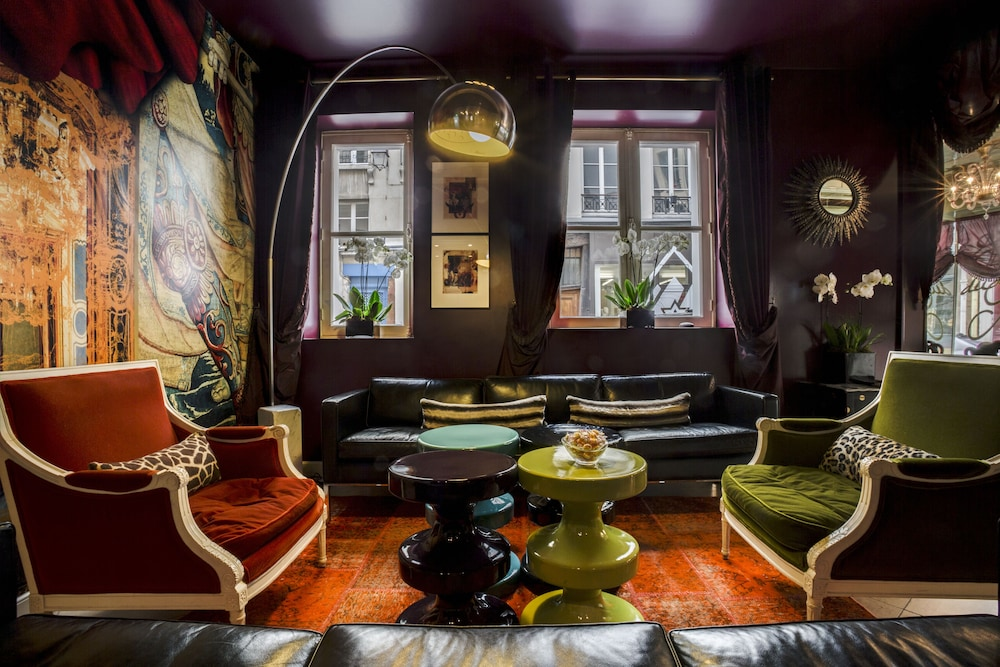 Lobby Sitting Area, Hôtel du Petit Moulin – Small Luxury Hotels of the World