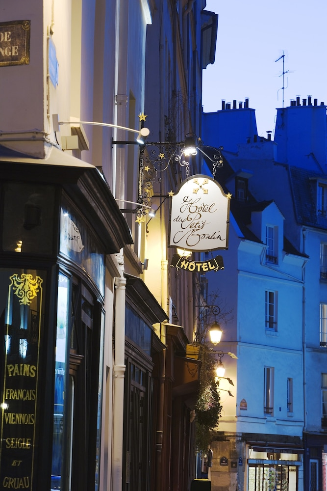 Front of Property - Evening/Night, Hôtel du Petit Moulin – Small Luxury Hotels of the World