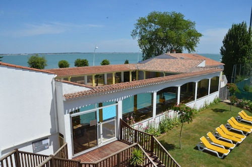 Hôtel les Cleunes Oléron