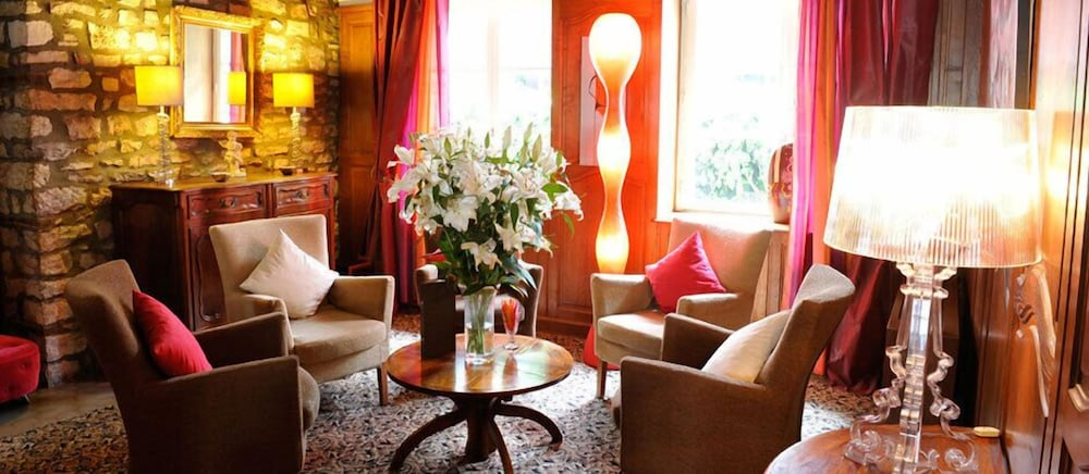 780bfe21733f5 Hôtel - Restaurant La Chaumière 3.0 out of 5.0. Terrace Patio Featured  Image Lobby Lounge ...