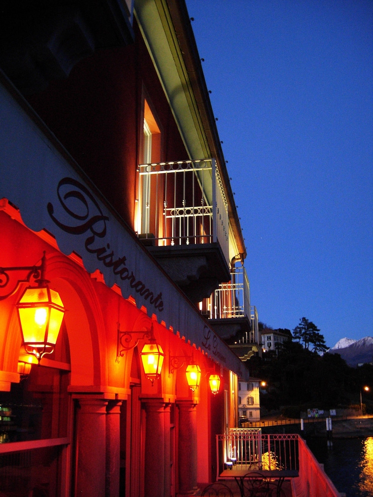 Front of Property - Evening/Night, Hotel La Darsena