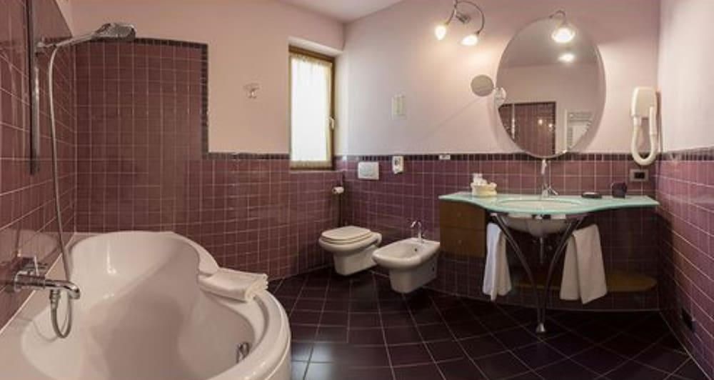 Bathroom, Hotel La Darsena